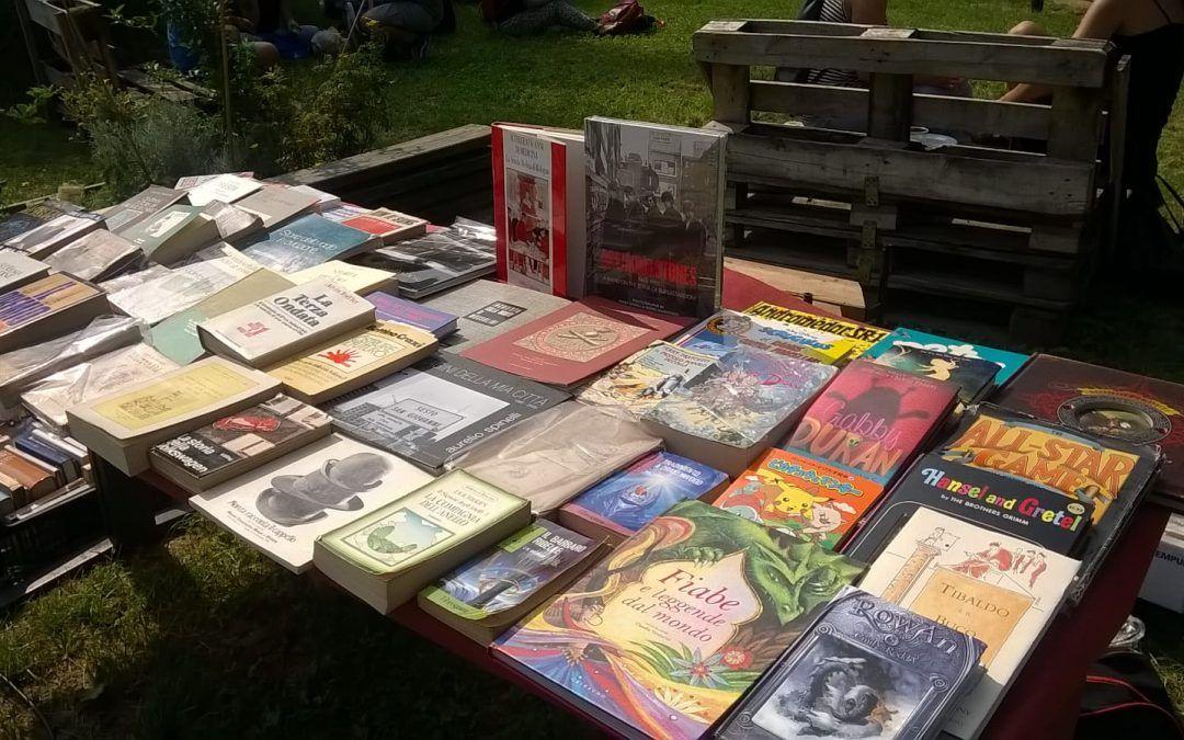 Una bancarella di libri rari al Milano B-Art Festival