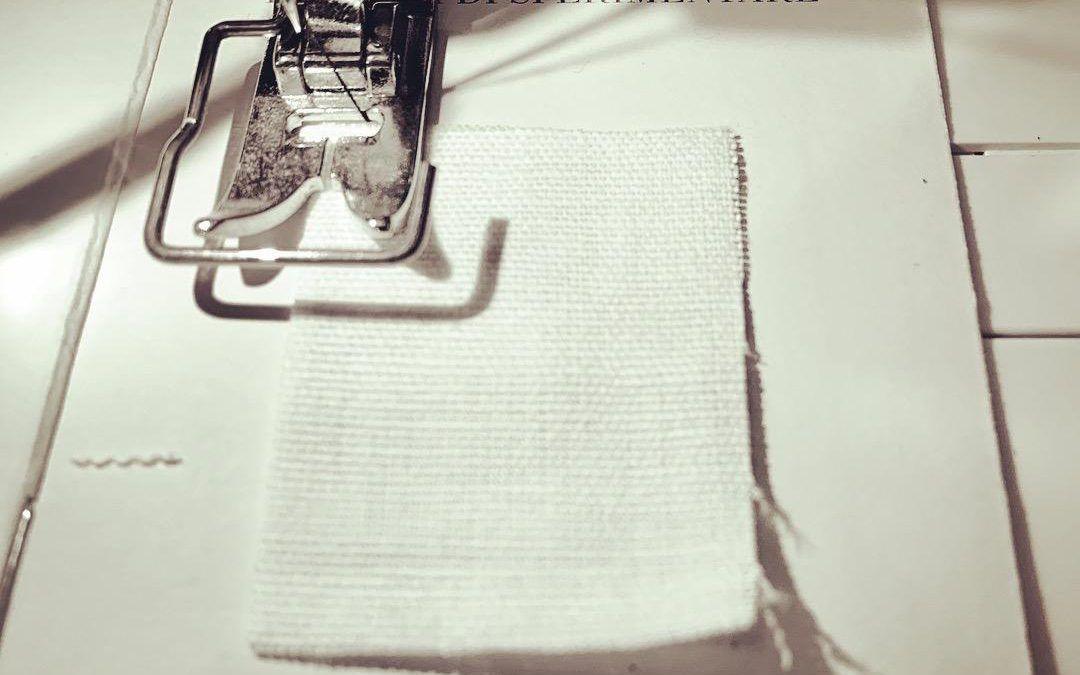 """Asta terminata su eBay a 300 € per """"La gioia di sperimentare"""": libro d'artista con l'impronta digitale di Piero Manzoni"""