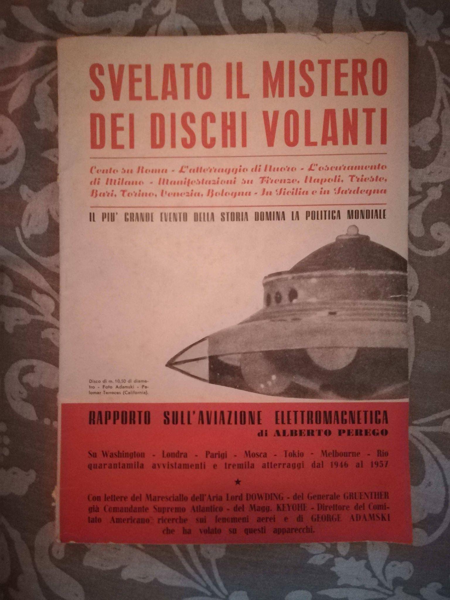 Due rari libri italiani sui dischi volanti (anni '50 & '60) in bancarella