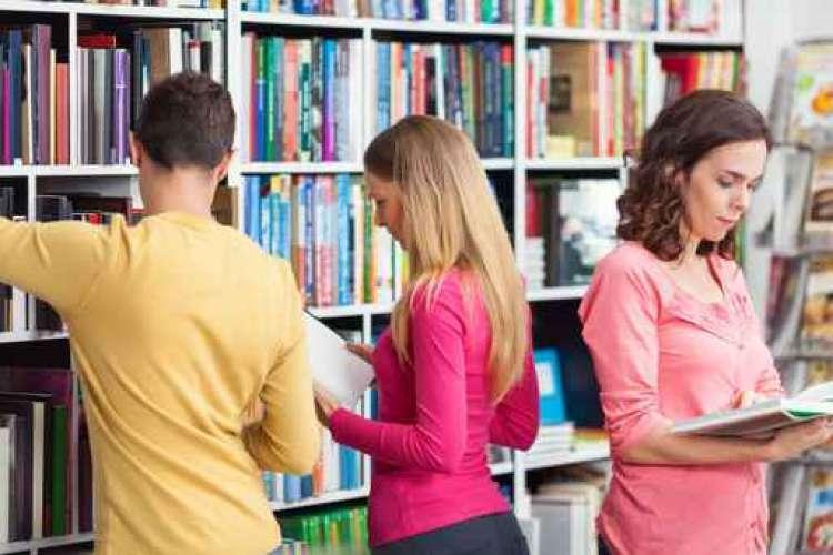 Roma: nota Libreria cerca con urgenza 10 addetti alla vendita