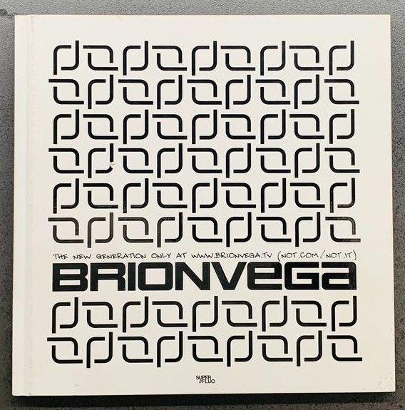 Catalogo Brionvega innovativo molto raro in asta su Catawiki: design contemporaneo