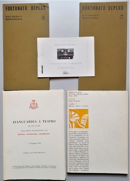 In asta lotto di 5 libretti (anni 1969-1992) di mostre e studi su Fortunato Depero