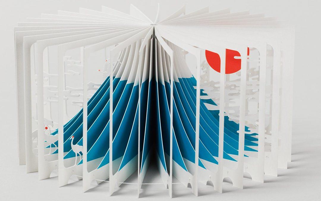 """""""Mount Fuji 360 Book"""" di Yusuke Oono: l'evoluzione del libro pop-up in un'opera straordinaria e alla portata di tutti!"""