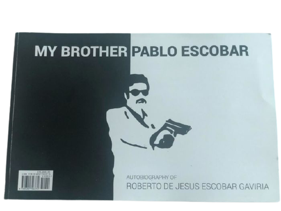"""Appare in asta una copia del misterioso """"My Brother Pablo Escobar"""" firmata e con l'impronta digitale del fratello Roberto"""