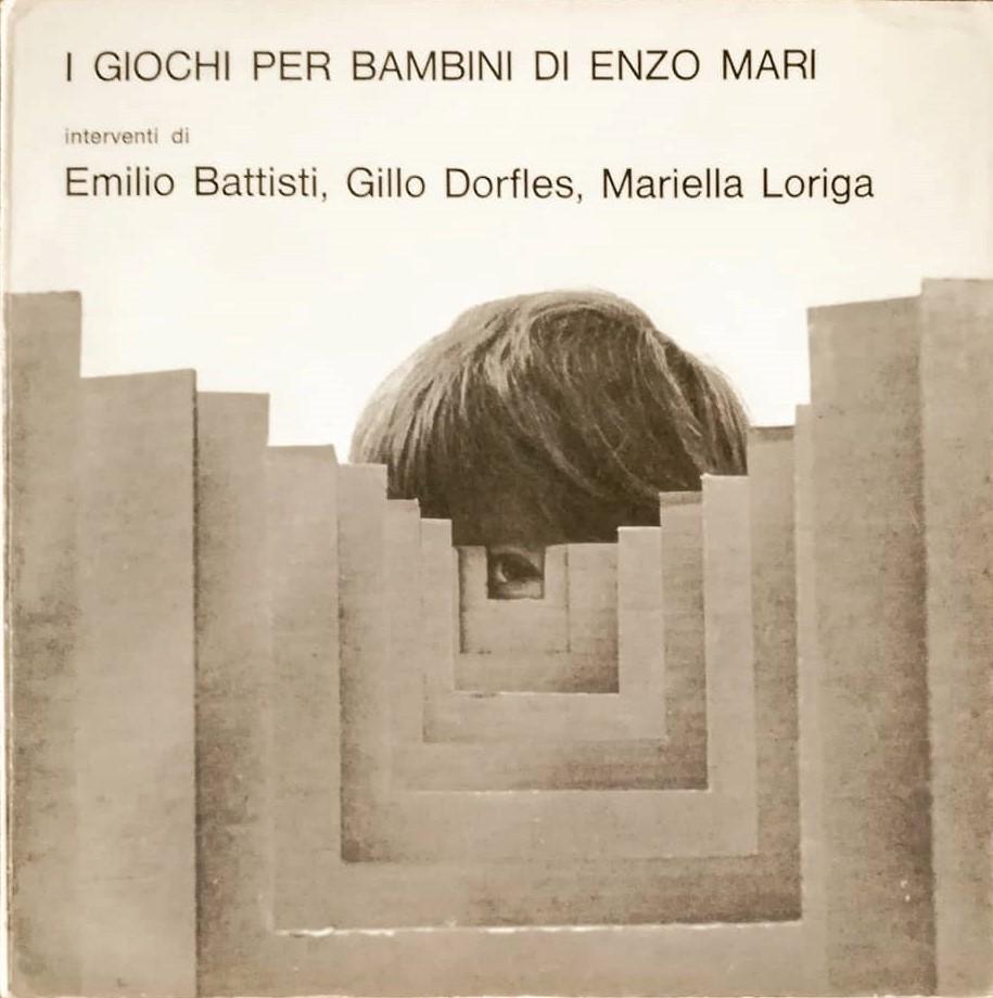 """Appare in vendita una copia del rarissimo """"I giochi per bambini di Enzo Mari"""" (All'Insegna del pesce d'oro, 1969)"""