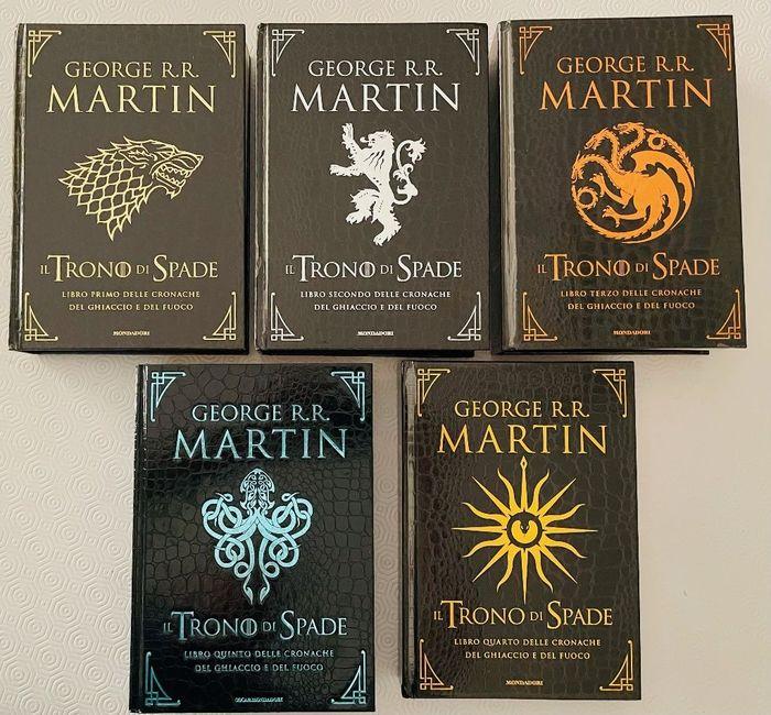 """Eccezionale: in asta i 5 volumi dell'edizione Deluxe de """"Il trono di spade"""" di George R. R. Martin"""